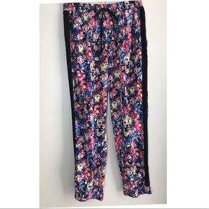 ▪️Arden B . Watercolor Floral Large Size trousers